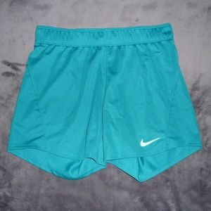 NWOT Nike Dry Dri-Fit Attack Training Shorts XS